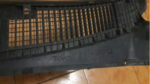 parrilla del cappt de toyota 4runner 2000-02