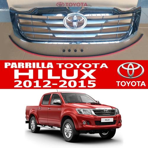 parrilla hilux  2013 2014 2015  kavak goma+ emblema +clips