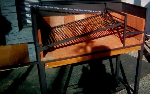 parrillero de hierro con ruedas y tapa