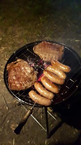 parrillero mr.beef con tapa y ruedas / leña o carbón