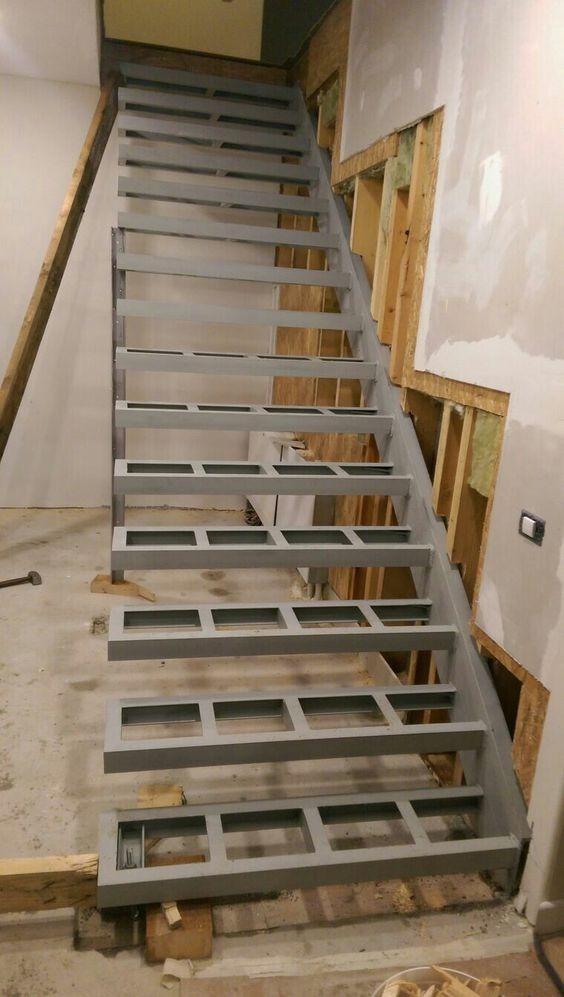 Pasos de madera escaleras de metal para interiores duplex s 120 00 en mercado libre - Escaleras para duplex ...