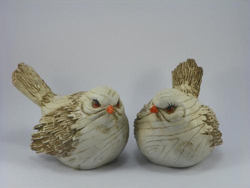 pássaro branco betume em dupla resina decoração ou jardim