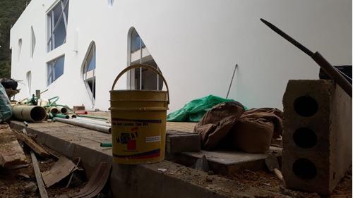 pasta acrílica o friso tambor x 300 kilos
