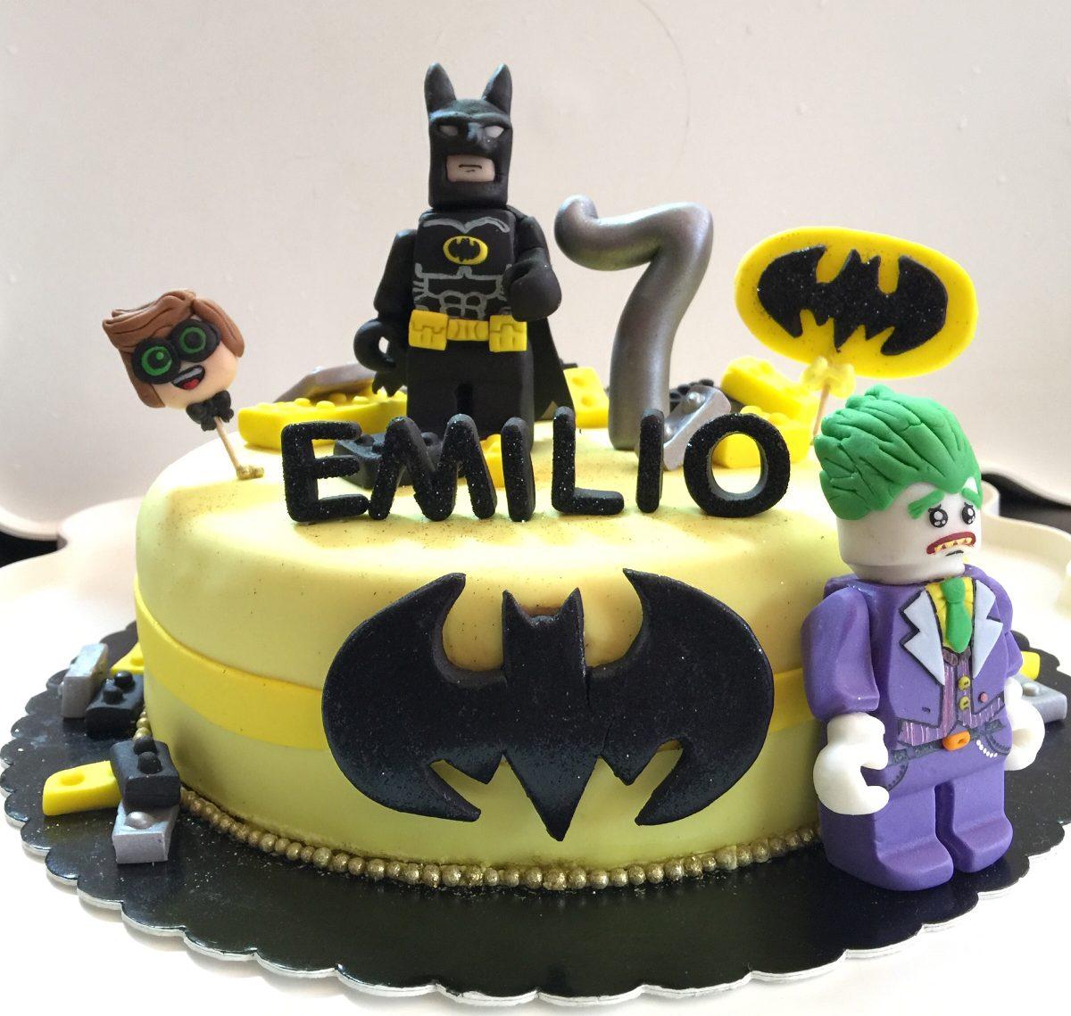 Pastel Decorado Con Fondant Lego Batman Cumplea 241 Os