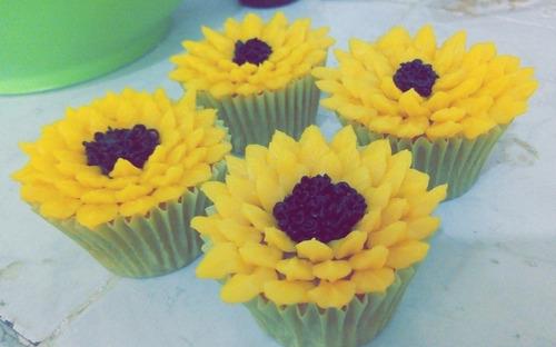 pasteles y postres para tus eventos sobre pedido