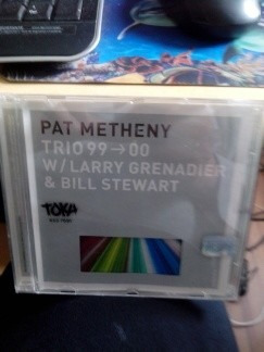 **pat metheny**   **trio 99 -- 00**    **cd**
