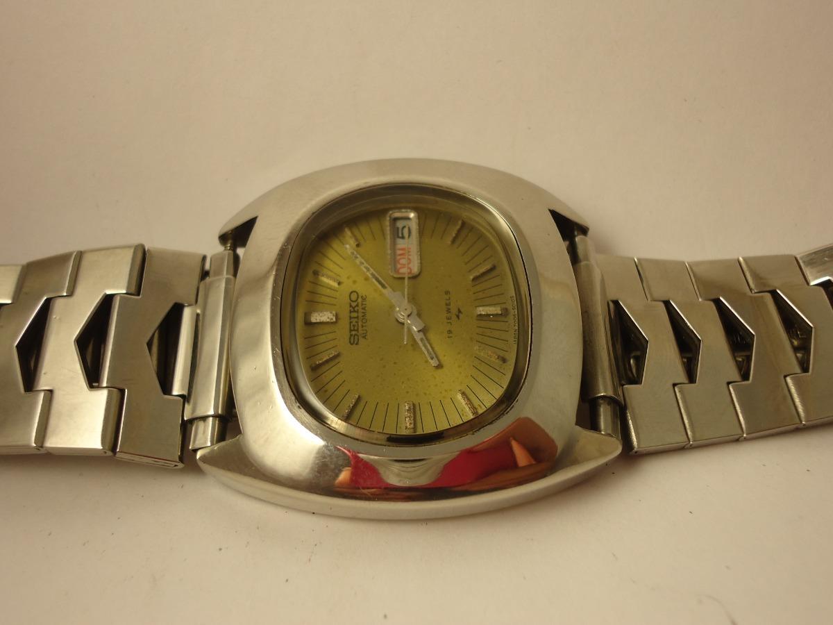 00665b80069 Patacão Antigo Relógio Seiko Automático 7006-5000 (raro) - R  380