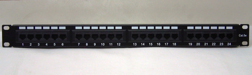 patch panel de 24 puertos categoria 5e para rack