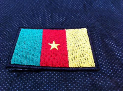 patche aplique bordado da bandeira de camarões 5,5 x 4cm