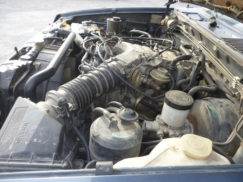pathfinder 1998,accidentada,motor 3.0 v6, standar 4x4