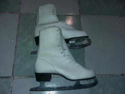 patines blancos para hielo del numero 25