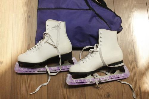 patines de hielo lake placid dama c/ estuche y protectores 9