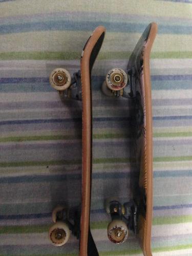 patinetas y rampa tech deck