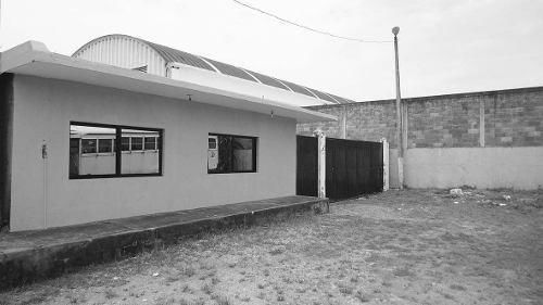 patio de maniobras y oficinas en venta las amapolas