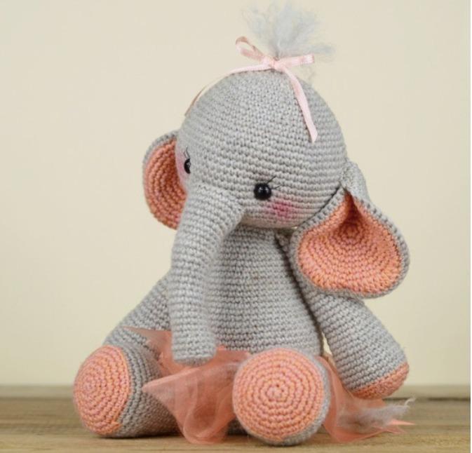Elefante Amigurumi - YouTube | 646x673