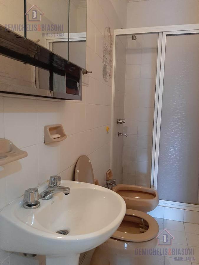 pb 2 dormitorios y cochera