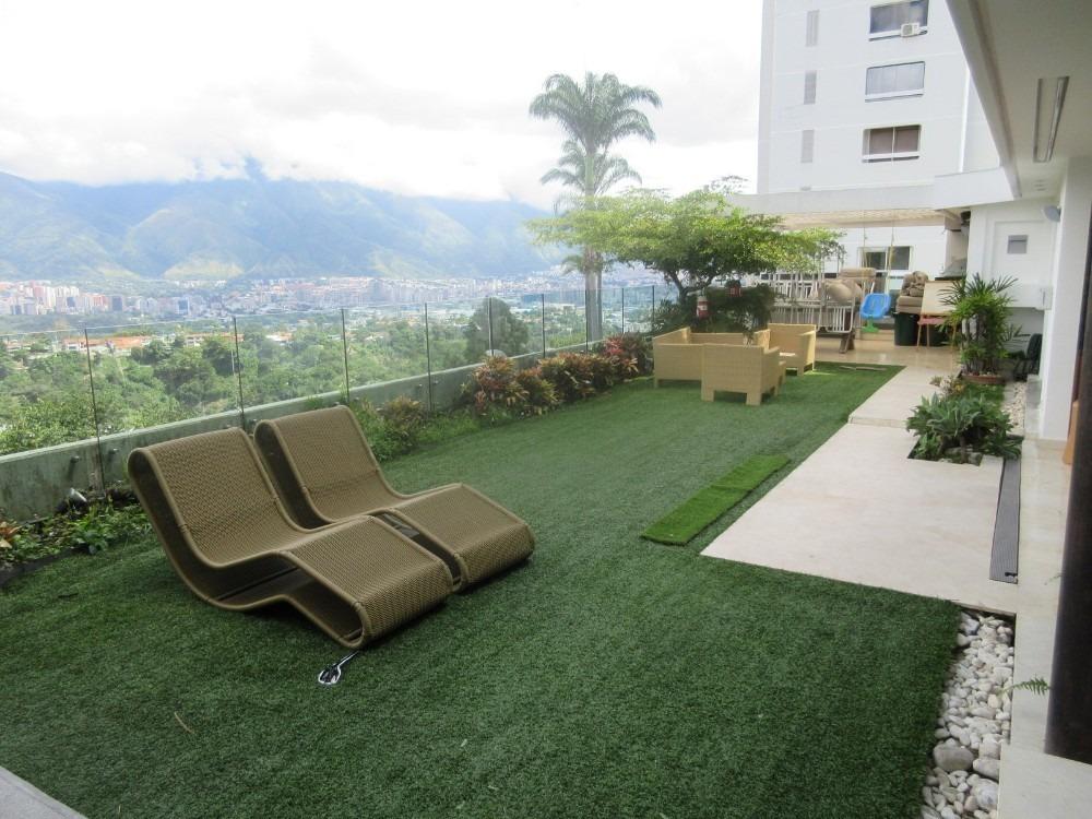 pb con jardin terraza y vista lomas de san roman
