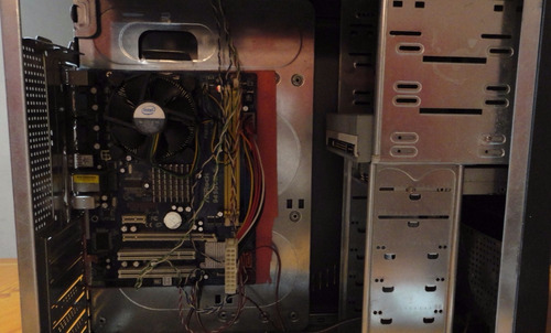 pc cpu con todo y su cable, enciende mas no da vídeo (leer)