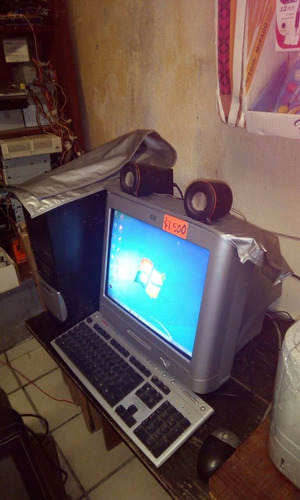 pc escritorio 2gb ram disco duro 120 gb