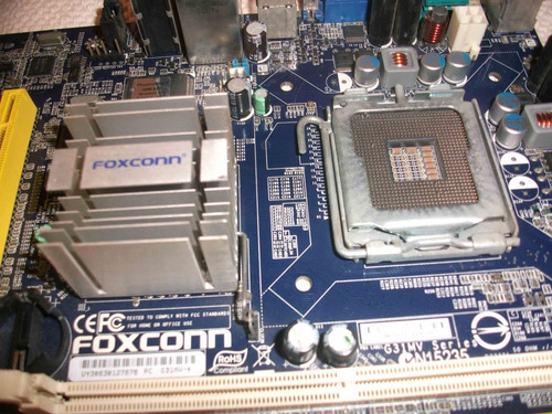 pc foxconn g31mv + case + fuente d poder((reparar repuesto))