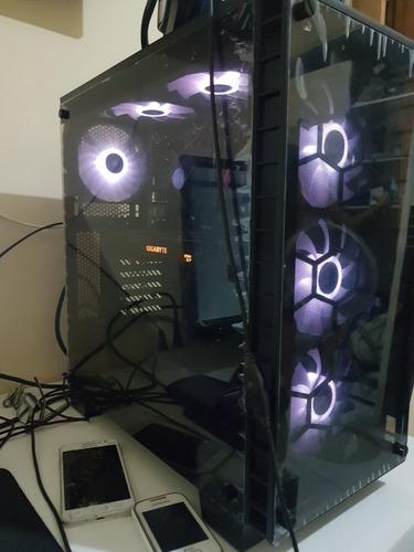 pc gamer: core i7 + gtx 1070 + 8gb ddr4 + corsair 460x