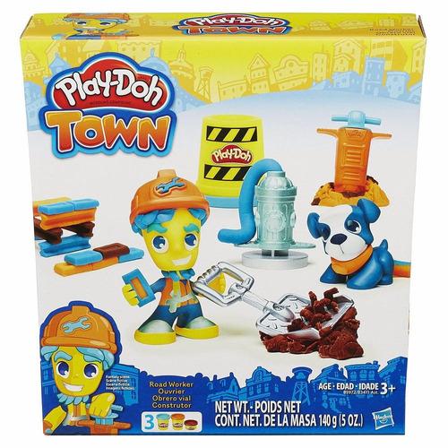 pd town figura con mascota