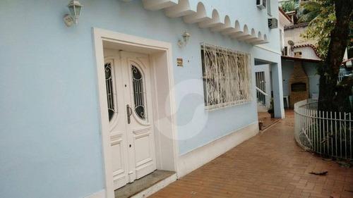 pé pequeno; casa de alto padrão em área nobre; próximo a todo o comércio do largo do marrão, colégios, bancos. - ca1014