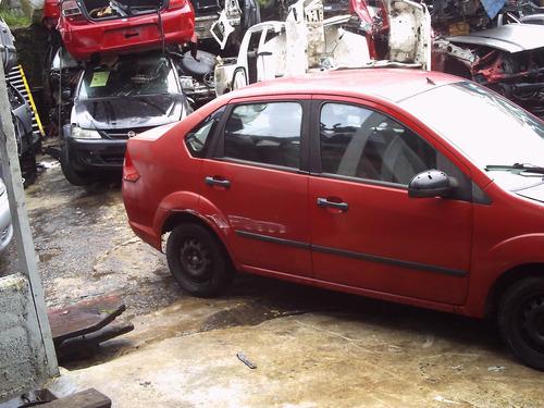 peças p/ ford fiesta sedan parachoque traseiro caixote teto
