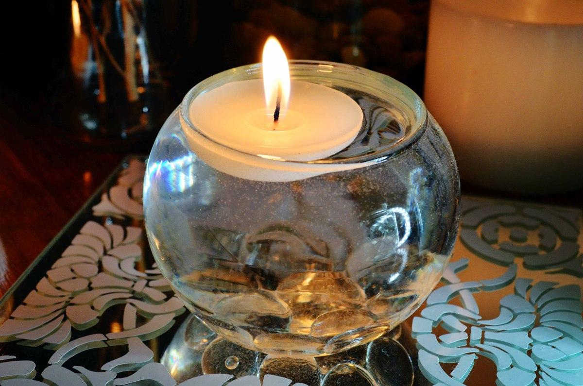 Pecera con vela flotante y gema transparente aluzza 40 for Centros de mesa con peceras