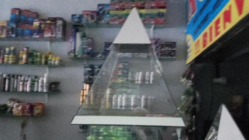 pecera piramide