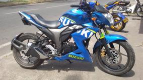 Suzuki gixxer 150 modificada