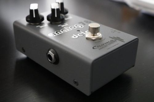 pedal analógico croma 78 delay para bajo y guitarra