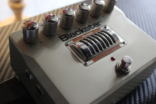 pedal blackstar ht dist pure valve distortion com fonte