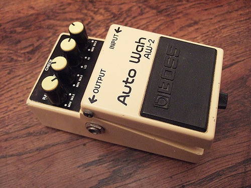 pedal boss aw-2 auto wah
