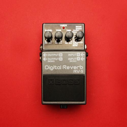 pedal boss - digital reverb rv-5