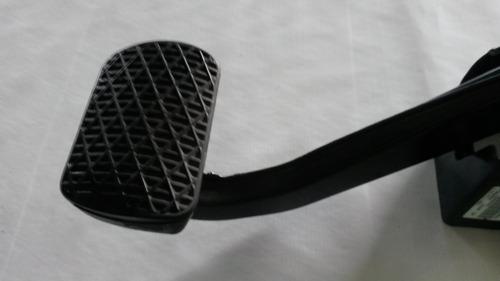pedal de freio mercedes c180 cgi 2012