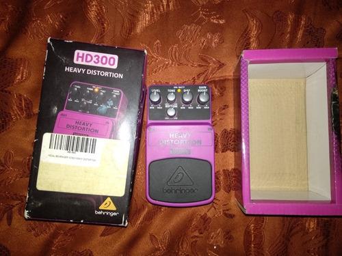 pedal distorsion behringer hd300