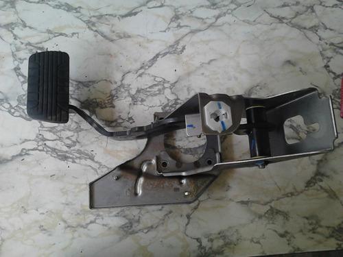pedal do freio com suporte original da chevrolet captiva