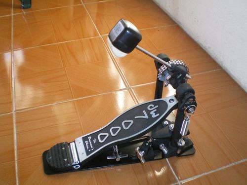 pedal dw 7000 en buen estado