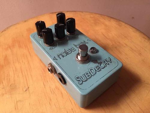 pedal subdecay noise box
