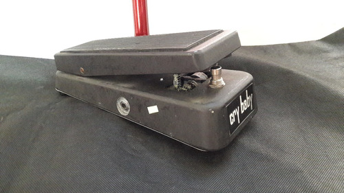 pedal wah cry baby