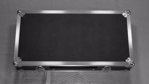 pedalboard para pedales 60 x 30 estuche rígido case anvil