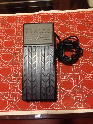 pedaleira boss me-6 com pedal de expressão roland