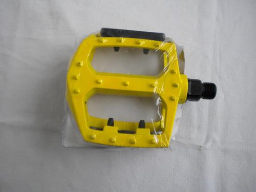 pedales mtb color aluminio