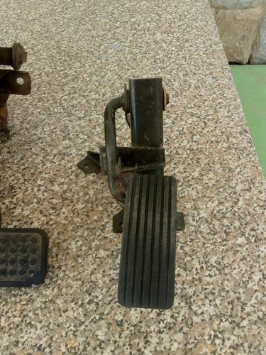 pedales y palanca de cambios de mitsubishi panel l300