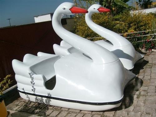 pedalinho cisne direto da fábrica