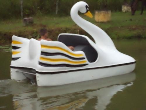 pedalinhos cisnes novos - 100% fibra de vidro / aço inox