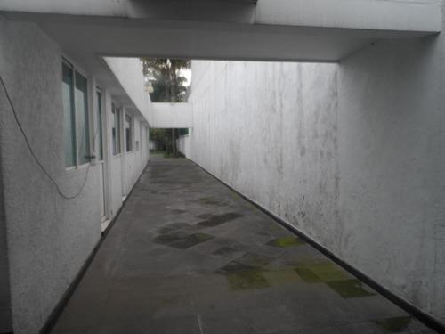 pedregal amplia casa