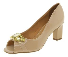 821d20861 Scarpin Vizzano Bege Verniz - Sapatos com o Melhores Preços no ...