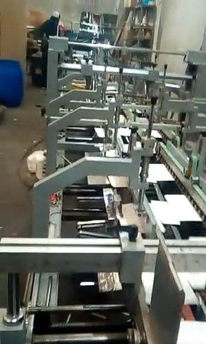 pegado automático de estuches